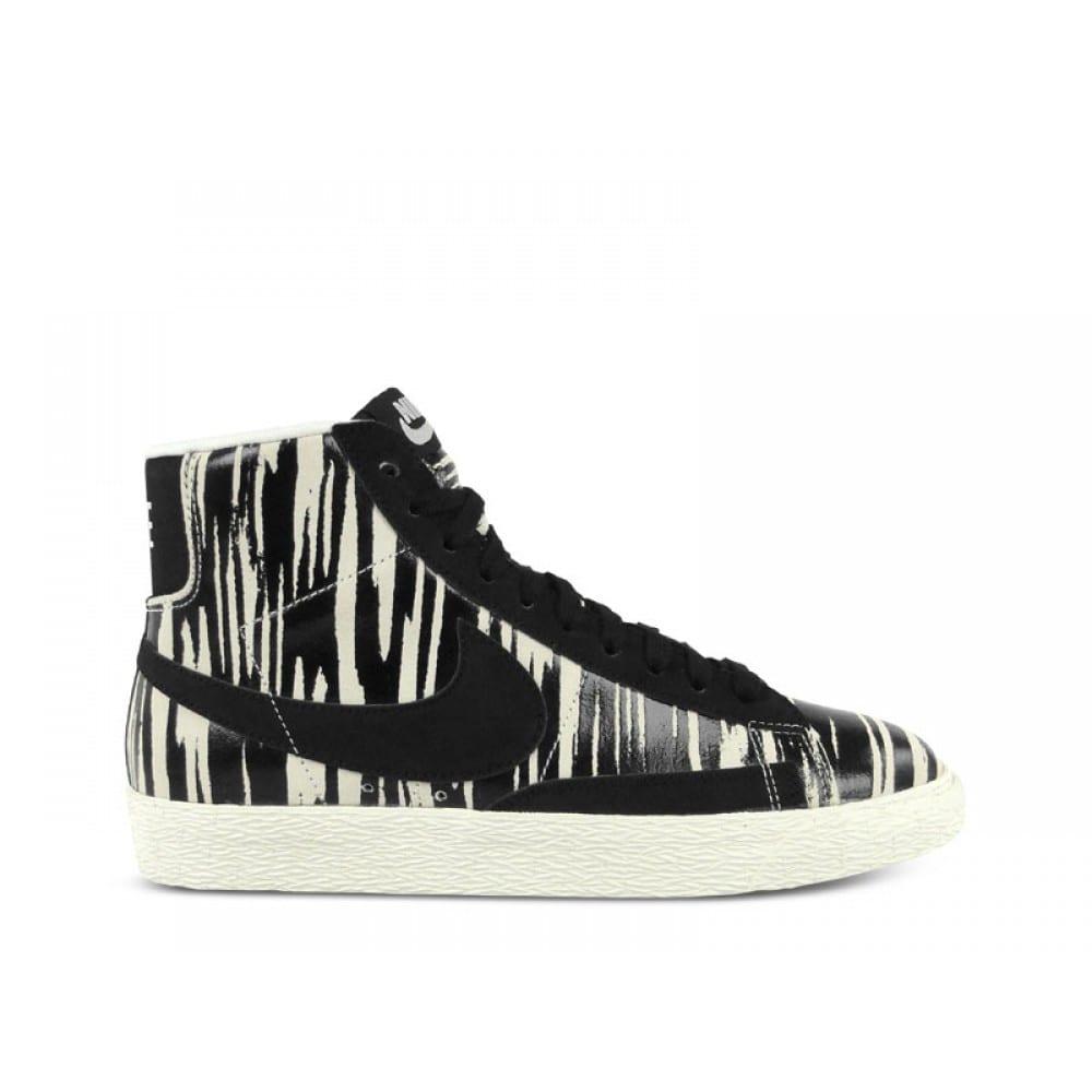 quality design 602c5 a5271 Nike  Wmns Blazer mid suede print. 9